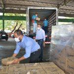 Aparecida recebe doação de alimentos que serão destinados a famílias carentes
