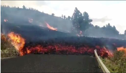 URGENTE! Vulcão de Cumbre Vieja em Las Palmas acaba de entrar em erupção -